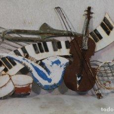 Vintage: CUADRO MURAL METALICO COMPOSICION DE INSTRUMENTOS DE MUSICA. Lote 169618920