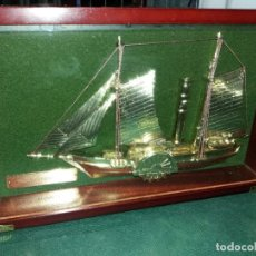 Vintage: BARCO METAL EN CAJA MADERA CRISTAL COLGAR. Lote 171061669