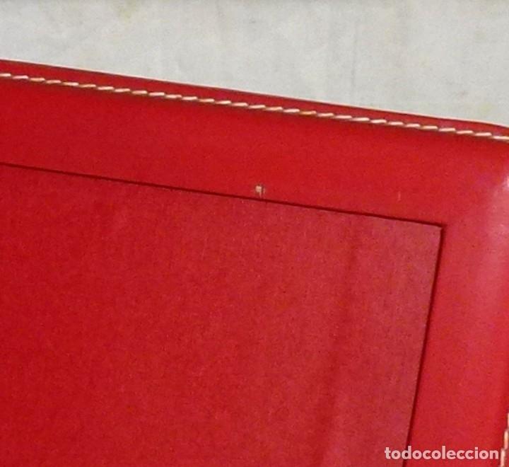 Vintage: Portafotos similar a piel rojo vintage. - Foto 4 - 174997527