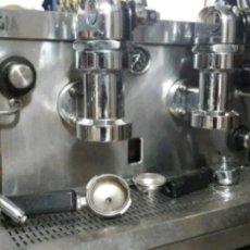 Vintage: CAFETERA DE PALANCA MIXTA (ELECTRICIDAD O GAS). Lote 175454327