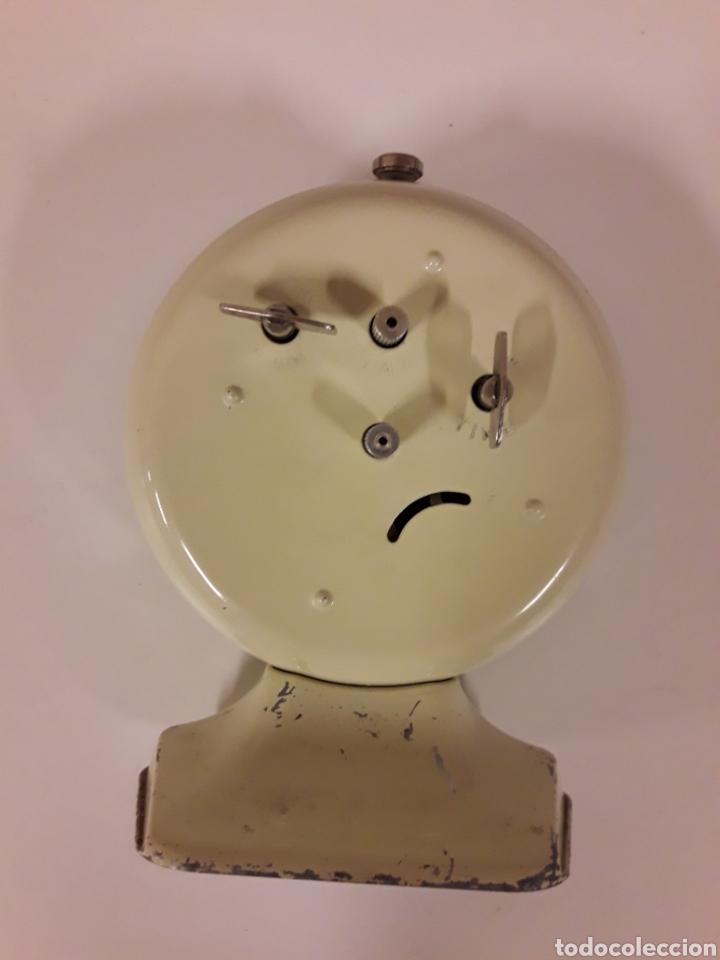 Vintage: Antiguo Reloj despertador - Foto 2 - 175805715
