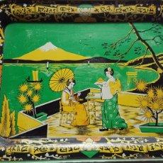 Vintage: ANTIGUA BANDEJA DE LATA MOTIVOS ORIENTALES. Lote 176479702