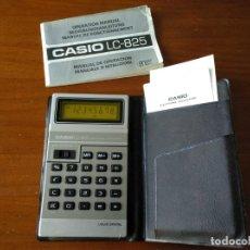 Vintage: CALCULADORA CASIO LC-825 ELECTRONIC CALCULATOR LIQUID CRYSTAL DE FINALES DE LOS 70 FUNCIONANDO LC825. Lote 176755248