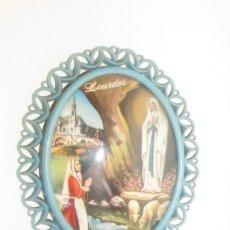 Vintage: VIRGEN DE LOURDES CUADRO OVALADO VINTAGE TIPICO AÑOS 60 - MUY BONITO. Lote 177303723