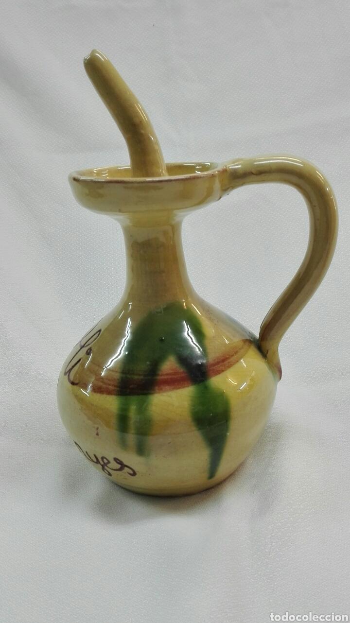 Vintage: Bote y aceitera de barro cocido y esmaltado. - Foto 7 - 181095437