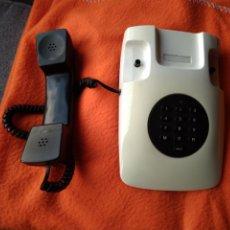 Vintage: TELÉFONO SOBREMESA SIGLO XX. EN PERFECTO ESTADO.. Lote 184273816