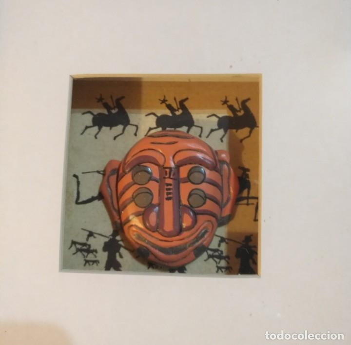 Vintage: Cuadro marco madera con cristal y paspartú con tres pequeñas máscaras - 1 - Foto 3 - 184726101