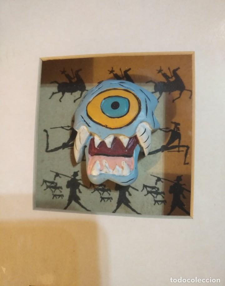 Vintage: Cuadro marco madera con cristal y paspartú con tres pequeñas máscaras - 2 - Foto 2 - 184727083