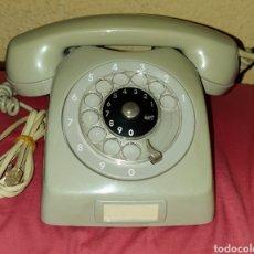 Vintage: ANTIGUO TELÉFONO DE TELEFÓNICA FABRICADO POR ERISSON LM ESTÁ CON LA CLAVIJA PARA EN CHUFAR A LINEA. Lote 186462346