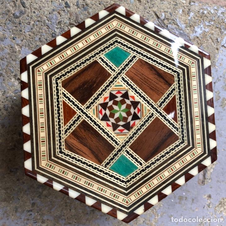 Vintage: Exclusiva caja joyero con música . Taracea de Granada. - Foto 8 - 186463420
