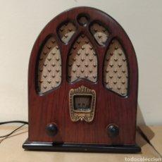 Vintage: RADIO DE CAPILLA RETRO. Lote 187493303