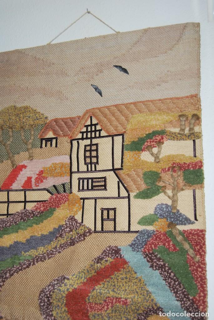 Vintage: PRECIOSO TAPIZ DE YUTE, LANA Y ALGODÓN - FRANCIA - PAISAJE RURAL - AÑOS 70 - Foto 2 - 188738493