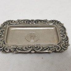 Vintage: PEQUEÑA BANDEJA METALICA - VIRGEN VALVANERA - CAR168. Lote 190099381