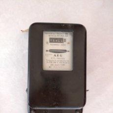 Vintage: CONTADOR DE ELECTRICIDAD AEG. Lote 190624200