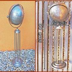 Vintage: GLOBO TERRÁQUEO METÁLICO.....TIENE UN DIÁMETRO DE 20 CMS.....TIENE UNA ALTURA DE 60 CMS. Lote 191846811