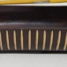 Vintage: VACIA BOLSILLOS - ADORNO - MADERA - AFRICA- 50 CM DE LARGO - CAR172. Lote 194244672