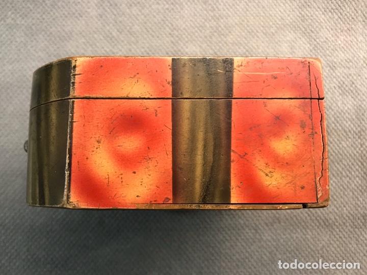 Vintage: MALETA ESCUELA NIÑA en madera, decoración Andaluza a la manera de Julio Romero (h.1900?) - Foto 6 - 194347796