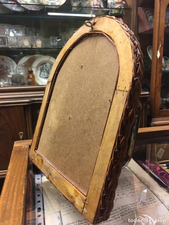 Vintage: Curioso espejo en marco de mimbre - Foto 4 - 194878255