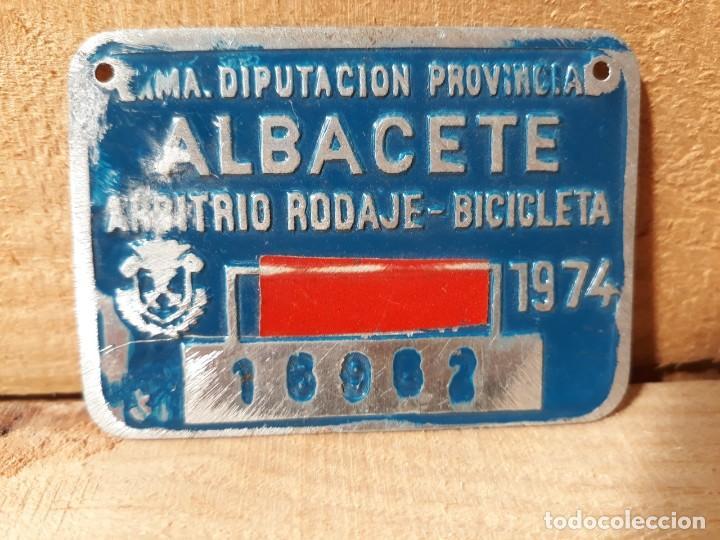MATRICULA ANTIGUA DE BICICLETA ARBITRIO RODAJE ALBACETE 1974 (Vintage - Varios)