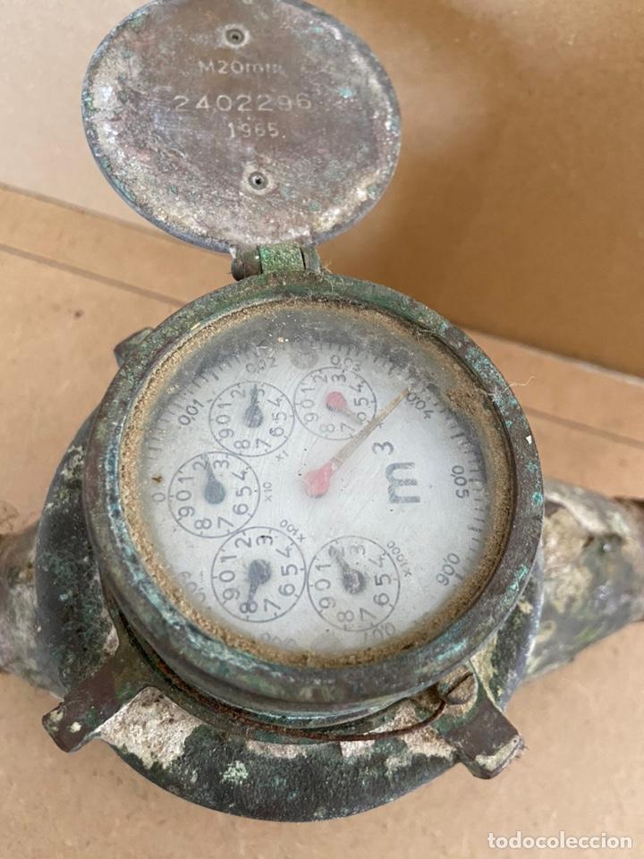 Vintage: Antiguo contador de agua en bronce Tavira, Elorriaga. Industrias españolas s.a. San Sebastián. 1965 - Foto 4 - 194936976