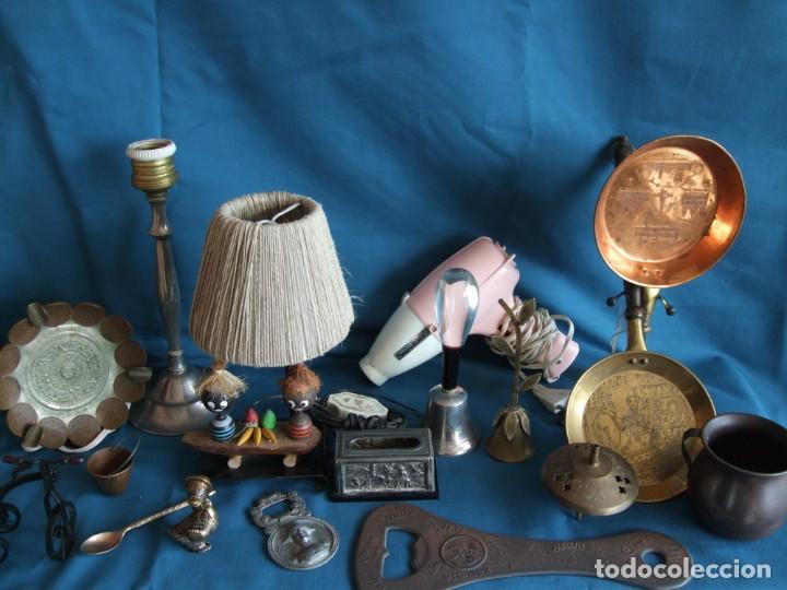 NUMEROSOS ARTÍCULOS DECORACIÓN VINTAGE. METAL. BRONCE. LAMPARA, SECADOR (Vintage - Varios)