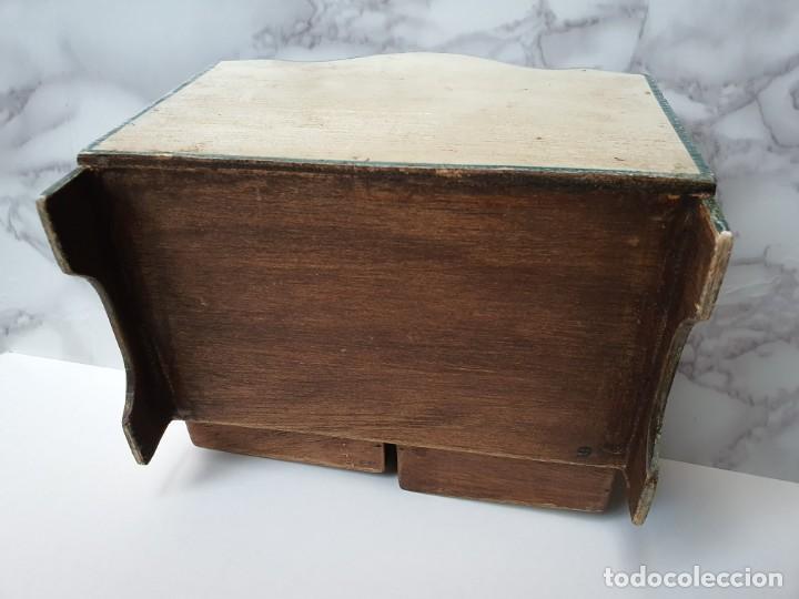Vintage: PRECIOSA COMODA RÚSTICA EN MINIATURA DE 5 CAJONES. AÑOS 70 - Foto 8 - 195336048