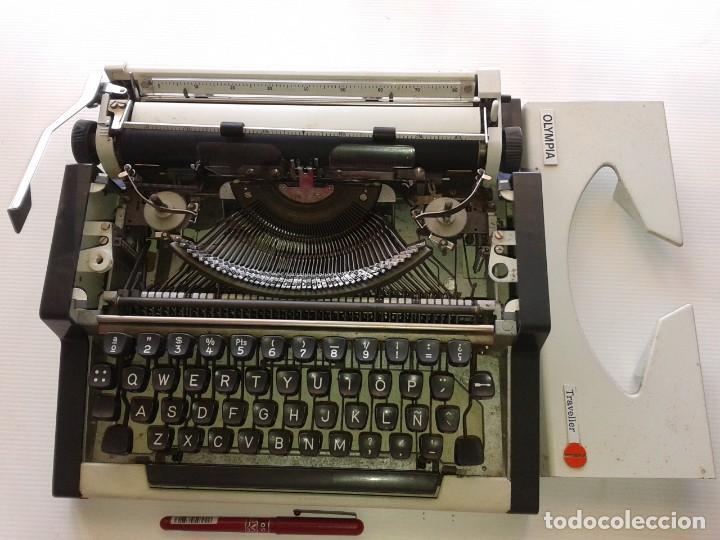 Vintage: MAQUINA DE ESCRIBIR OLYMPIA TRAVELLER, CON MALETÍN - Foto 3 - 195377936