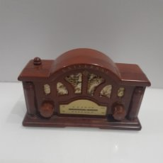 Vintage: RADIO PANASOUND DE PLASTICO FUNCIONANDO. Lote 195885475