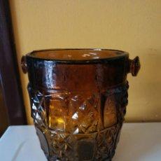 Vintage: HERMOSO RECIPIENTE EN VIDRIO TALLADO. MEDIDAS 9.5*14 CM. Lote 195972172