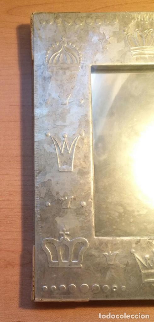 Vintage: Pequeño espejo para colgar con marco estaño - Precintado - 24cm x 18cm x 1.50cm - Por estrenar - Foto 6 - 207574463