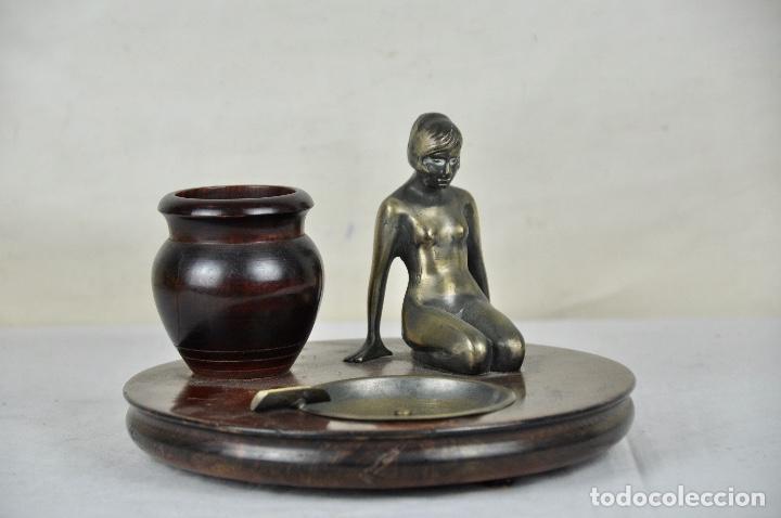 Vintage: Cenicero pitillera en bronce y madera - Foto 3 - 53748075