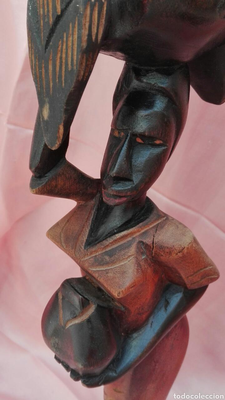 Vintage: Figura de mujer color negro de madera maciza - Foto 8 - 200755260