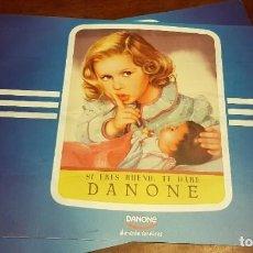 Vintage: 2 MANTELES TU YO PARA DESAYUNAR, IMAGEN PUBLICITARIA SOBRE BASE DE PVC. Lote 200888756