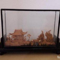 Vintage: DIORAMA PAISAJE CHINO / MINIATURA EN CORCHO CON VITRINA. Lote 201326077