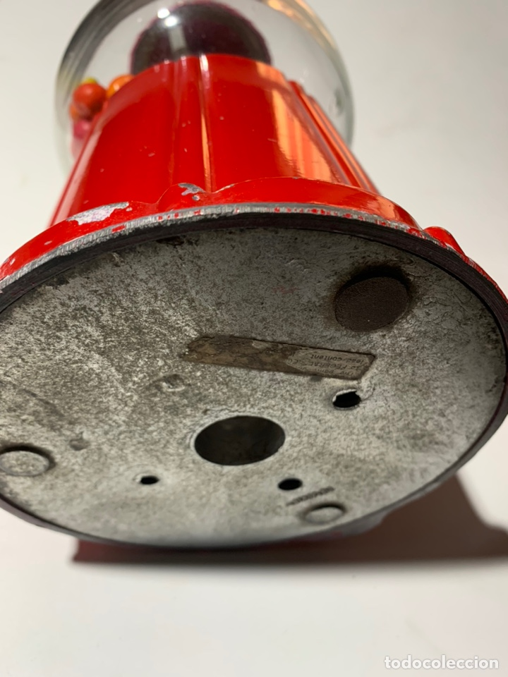 Vintage: antigua maquina expendedora pequeña de caramelos o chicles años 70-80 de metal y cristal - Foto 4 - 40862190