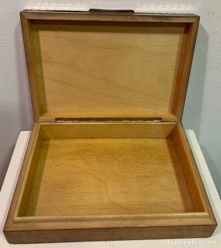 Vintage: Caja de madera con tapa de plata - Foto 3 - 202498173