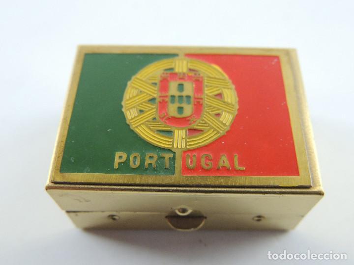 CAJA CAJITA DE VIAJE COSTURA CON LA BANDERA DE PORTUGAL (Vintage - Varios)