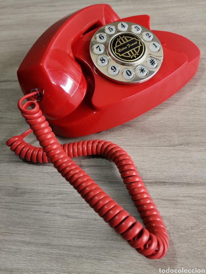 ORIGINAL PRECIOSO TELÉFONO COLOR ROJO RETRO. (Vintage - Varios)