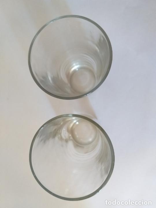 Vintage: Dos vasos altos de cristal. Adornos a relieve - Foto 4 - 205681590