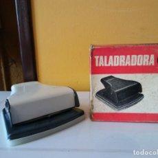 Vintage: PERFORADORA / TALADRADORA MYC MOD 1204. MEDIDAS 11*10.5*4.5 CM.. Lote 206235736