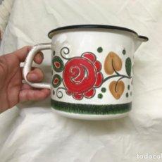 Vintage: JARRA VINTAGE LECHERA ESMALTADA FLORES RETRO BAUMANN TIROL COCINA VINTAGE COCINA AÑOS 60. Lote 206552932