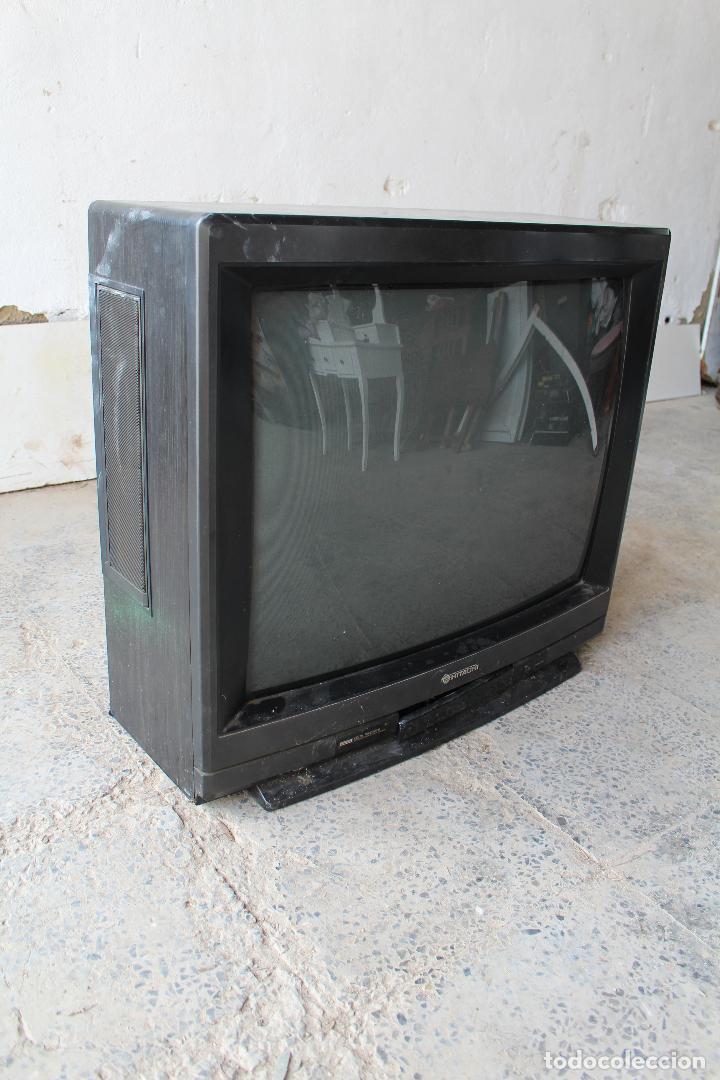 Vintage: televisor antigo hitachi c33-p900 de madera - Foto 2 - 206954078
