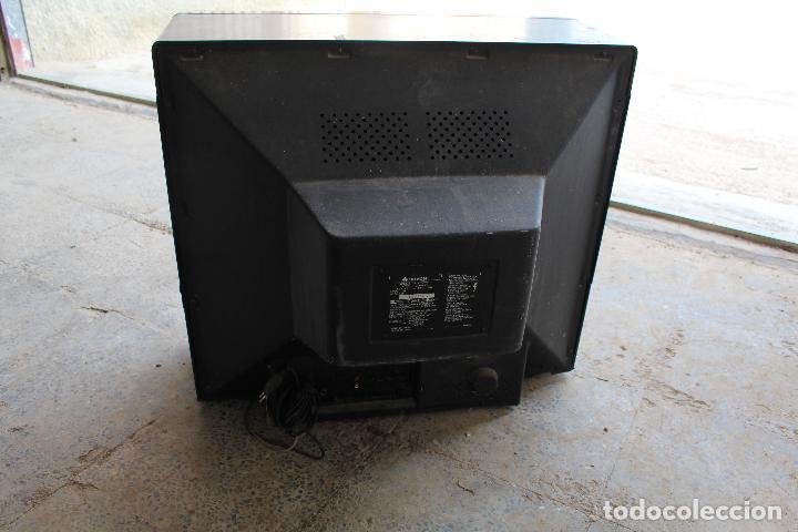 Vintage: televisor antigo hitachi c33-p900 de madera - Foto 9 - 206954078