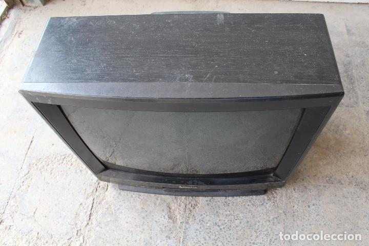 Vintage: televisor antigo hitachi c33-p900 de madera - Foto 10 - 206954078