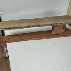 Vintage: TABLA DE PLANCHAR MANGAS DE SASTRE. Lote 207603733