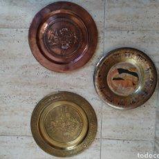 Vintage: PACK 3 PLATOS CALIDAD EGIPTO Y CULTURA MAYA DIOS DEL CANTO, LA DANZA Y EL FUEGO TEMÁTICA. Lote 207640388