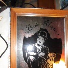 Vintage: BONITO ESPEJO CON PINTURA DE CHARLES CHAPLIN. Lote 208866903
