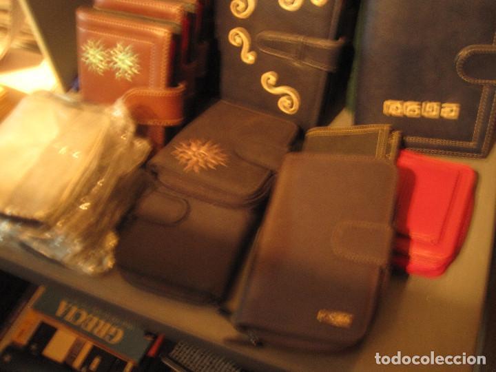 Vintage: Lote 16 piezas. Agendas/organizer universales y carteras de piel sintética - Foto 4 - 210012845