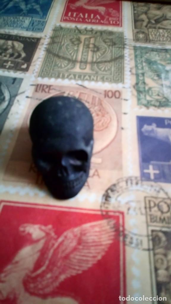 Vintage: calavera volcan teide artesania skull decoracion tallado a mano raro a la venta5x4 cm medida piedra - Foto 4 - 210205030