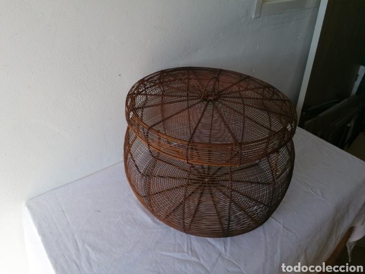Vintage: Cesta de hierro con tapa - Foto 3 - 211555266
